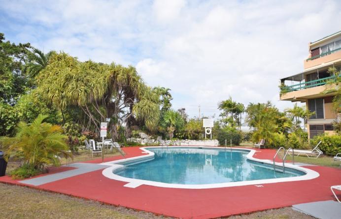 Banyan Court